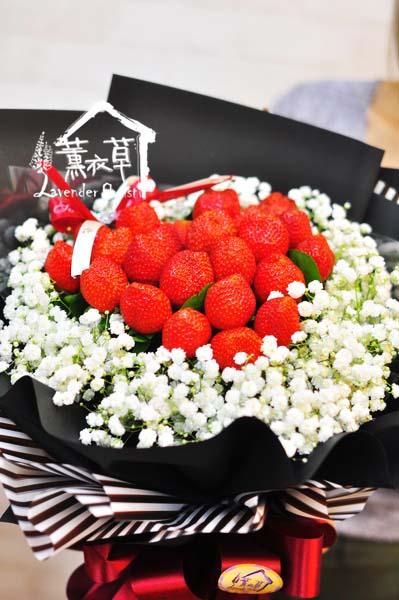 🍓浪漫又可口的『草莓花束』,錯過要再等一年 🍓