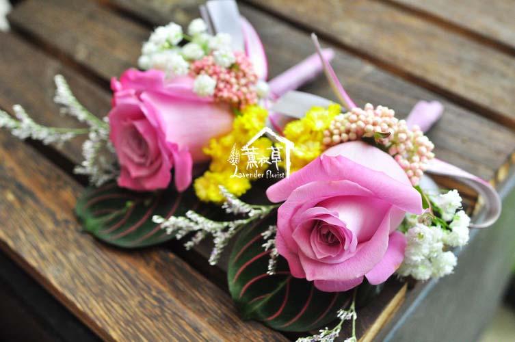玫瑰胸花107072402