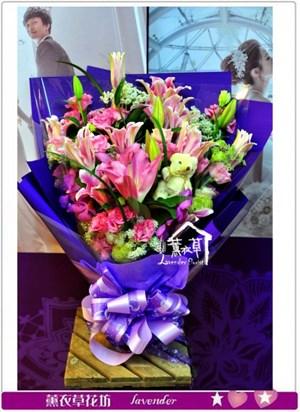 百合花束a011712