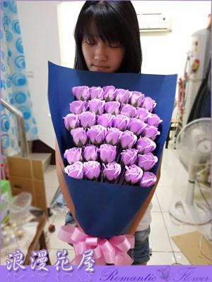 香氛玫瑰花束 6-04