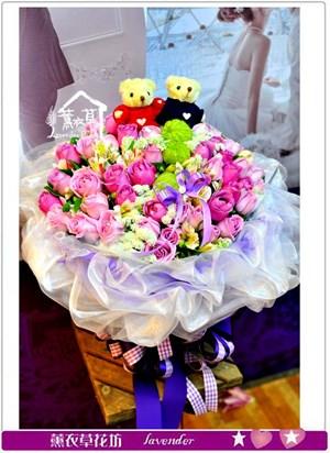 玫瑰花束66朵a011711