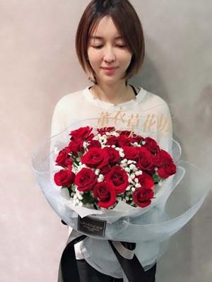 玫瑰33朵107101806