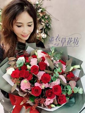 玫瑰花束設計 107111618