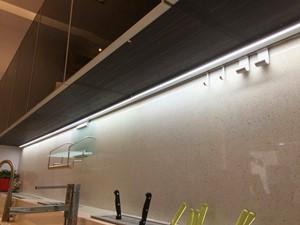 LED觸控式工作燈/內建變壓