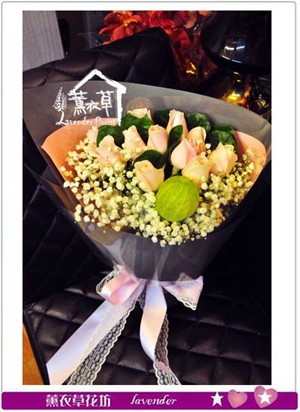 玫瑰花束107042402