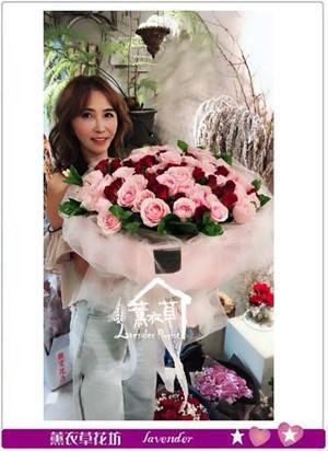 99朵玫瑰花束 107081624